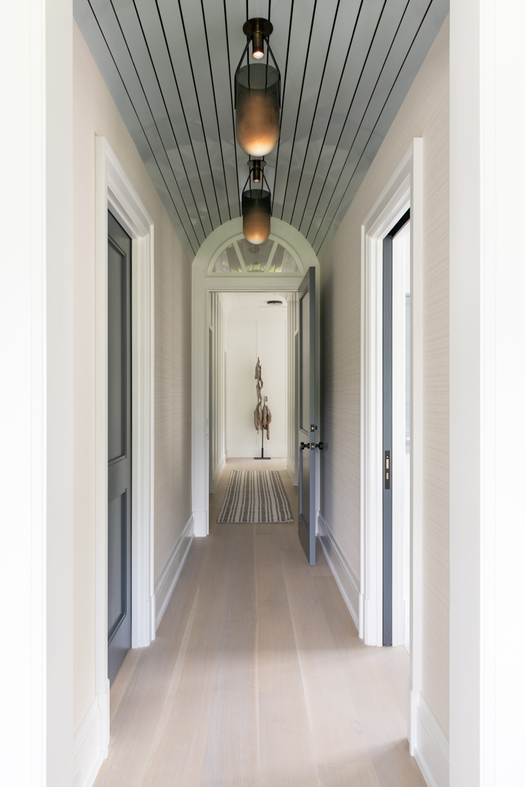 NYC + Chicago Interior Photographer - Hamptons Hallway